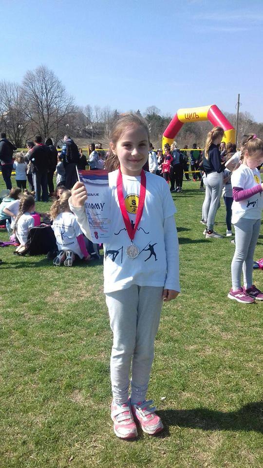 Daria Husag bronza u trci na 200m. Bravo